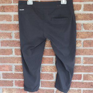 Columbia Capris * Size 10 * Black * Omni Shield